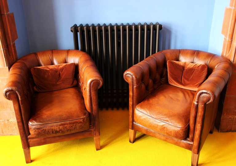 4 Signs That Your Chairs Need Reupholstering