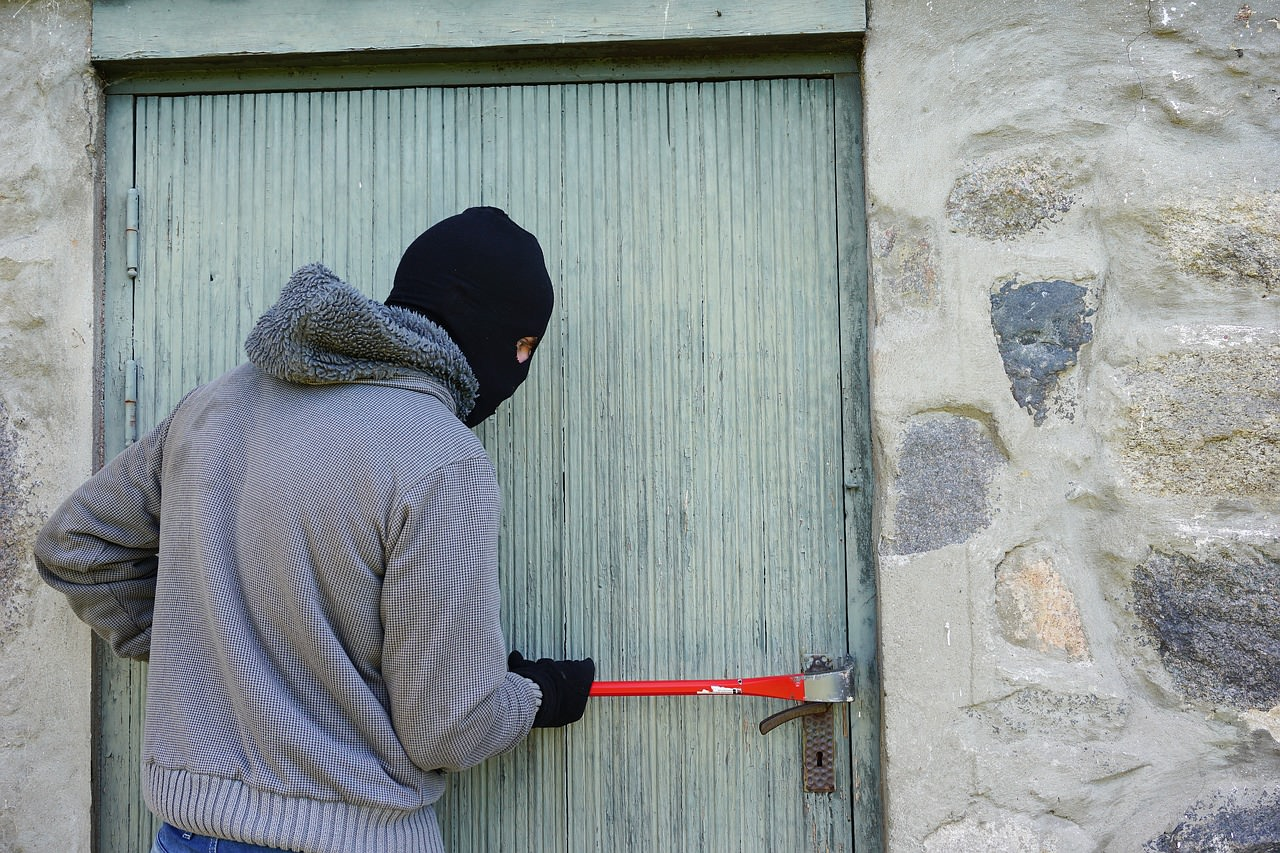 Burglars Alert: Is your home attractive to intruders?