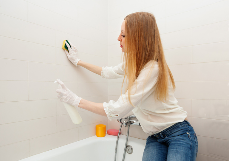 Keeping Your Bathroom Tiles Clean Naturally