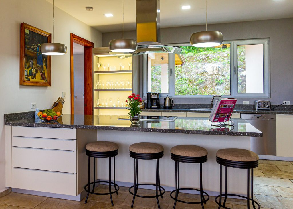 9 Ways to Make Your Kitchen Look and Feel Bigger