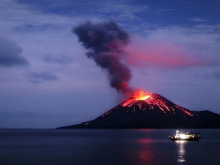 Ppt The Aftermath Of Indonesia S Eruptions Mount Tambora Krakatau Volcanos Powerpoint Presentation Free To Download Id 7202ef Ztaxz
