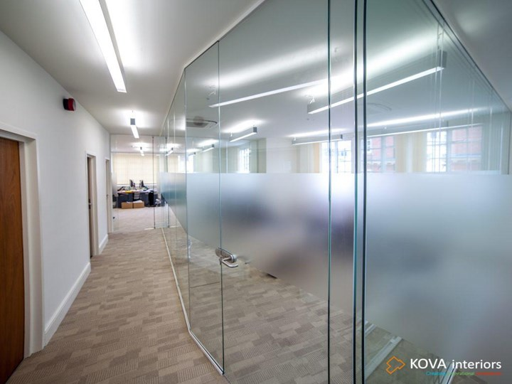 Ppt Glass Room Dividers Powerpoint Presentation Free To Download Id 8bc264 Ytiwm