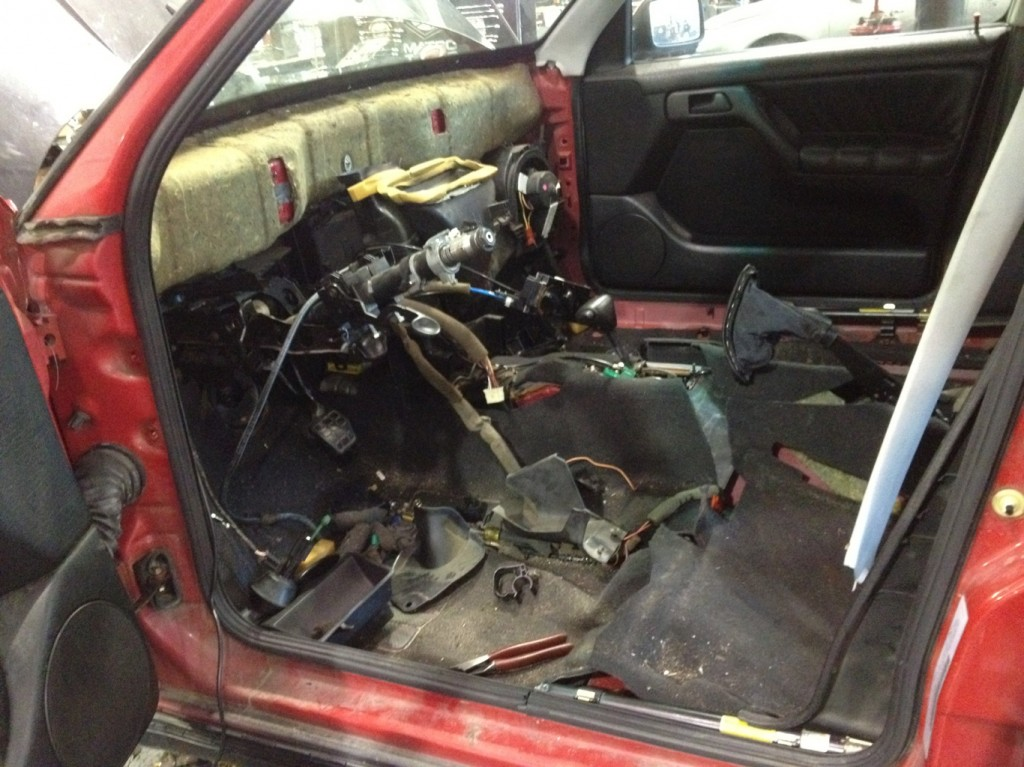 Removed the dashboard from a MK3 Jetta