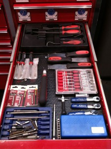 Auto mechanic tools