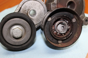 Failed VW serpentine belt tensioner