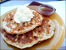 HG's <EM>Oat</EM>rageous Chocolate Chip Pancakes