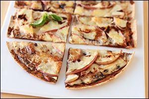 Hungry Girl's Sweet 'n Cheesy Apple Flatbread