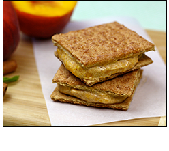 Desserts with 100 Calories or Less: HG's Freezy Tart Peach-Cobbler Squares