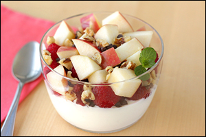Hungry Girl's Superfood Berry B-Fast Bowl