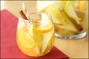 Hungry Girl's Spiced Pear Sparkling Sangria