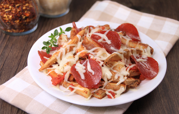 baked pepperoni pizza with French fries photo – Free Bowl ...  Pepperoni Pizza French Fries