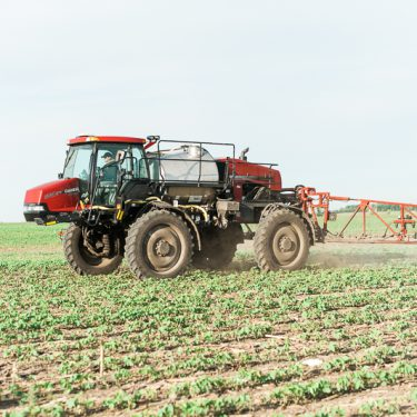 sprayer farming pesticide use spraying pesticides