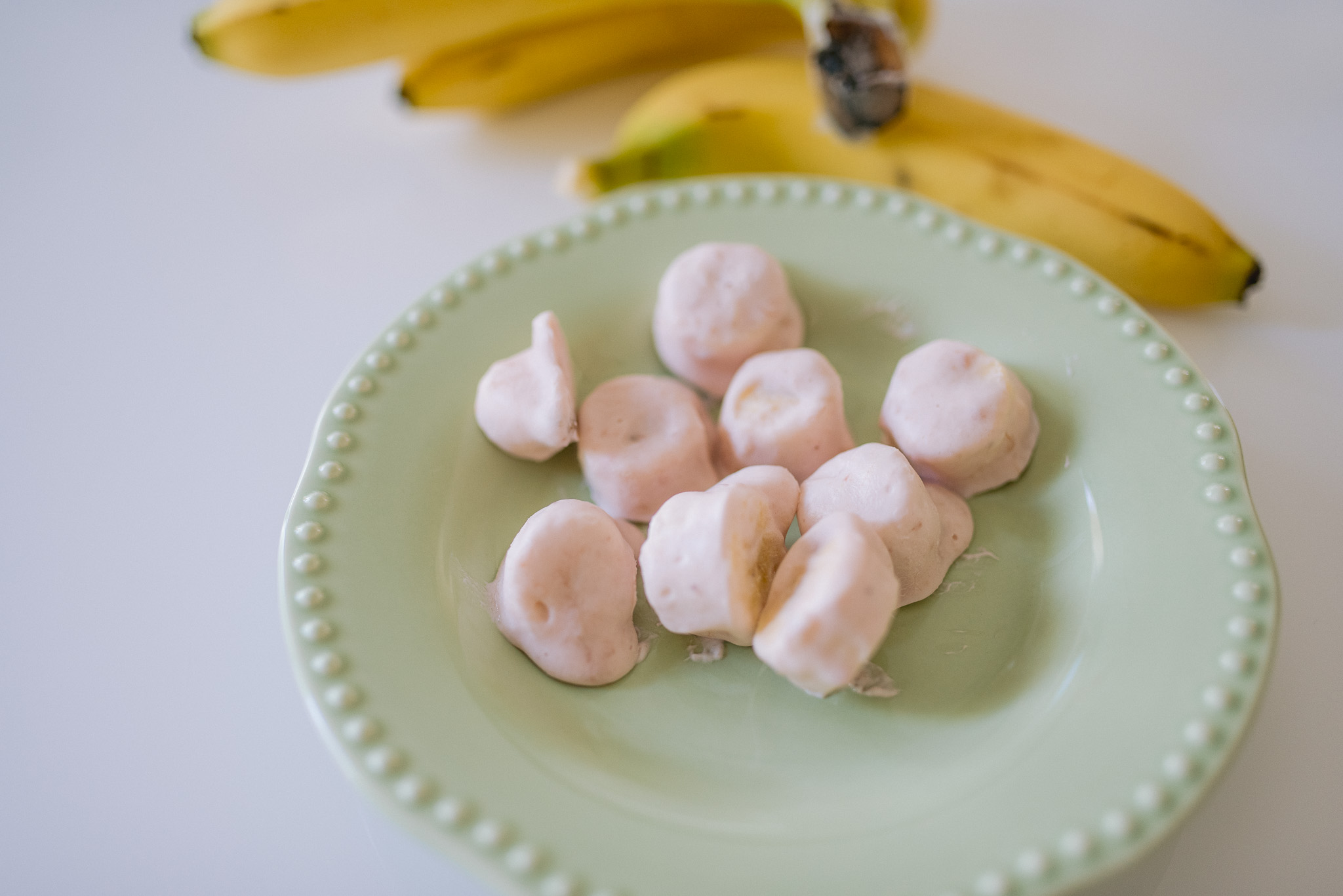 healthy frozen banana bites