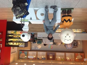 We found this cool cafe In the Incheon Airport (Korea)