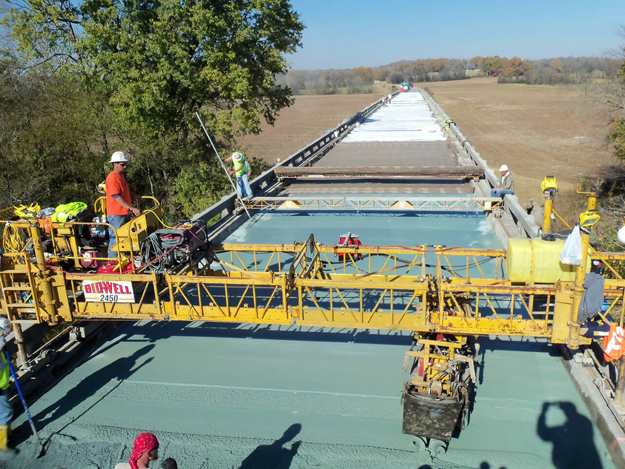 Latex modified concrete bridge deck overlay hydro tech