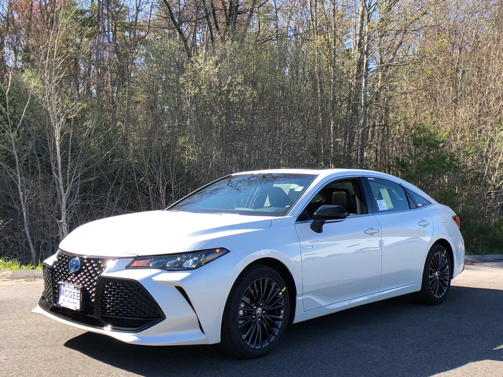 2021 Toyota Avalon Hybrid Hybrid XSE FWD