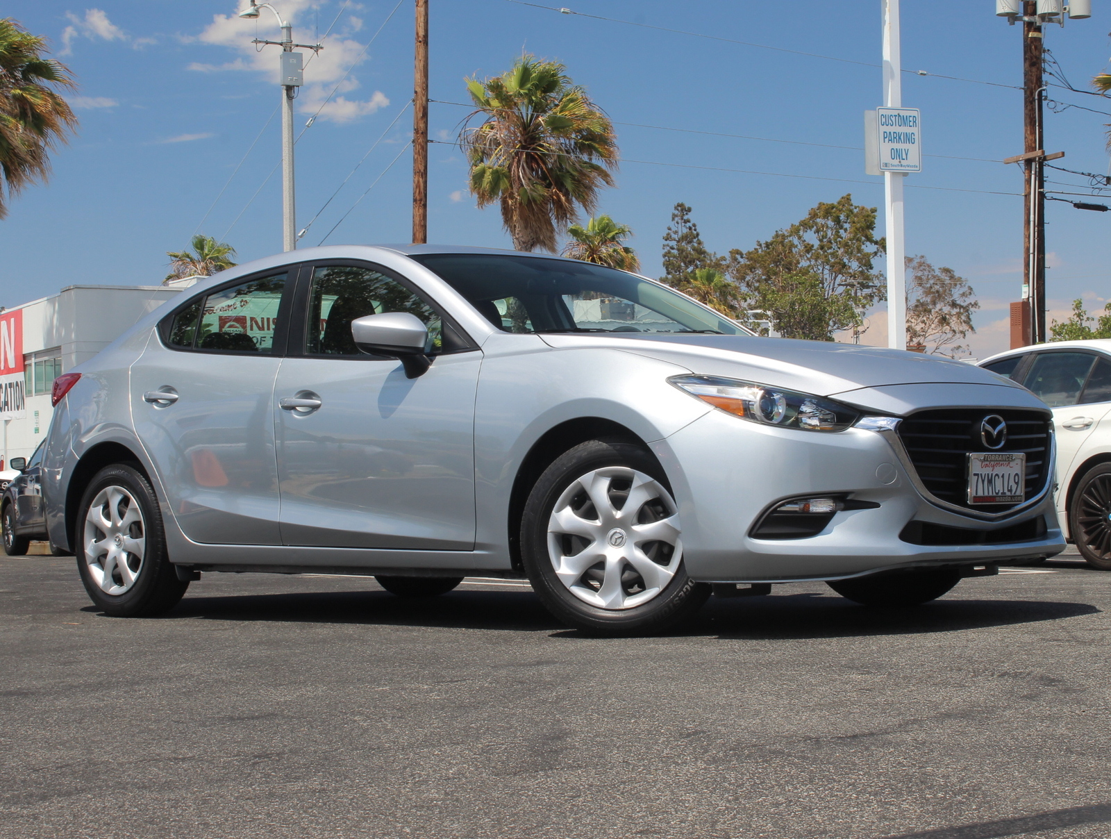 Certified Pre-Owned 2017 Mazda3 Sport Auto