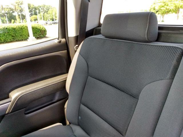 2018 Chevrolet Silverado 1500 4WD Crew Cab 153.0 LT w/1LT Crew Cab Pickup  17