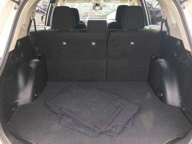 2018 Toyota RAV4 LE FWD SUV  25