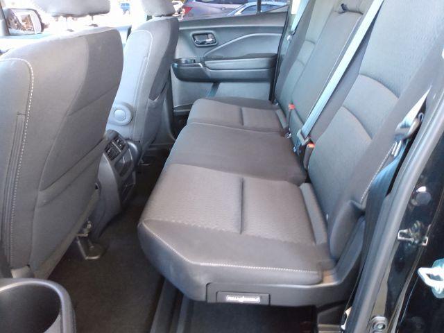 2019 Honda Ridgeline Sport AWD Crew Cab Pickup  28