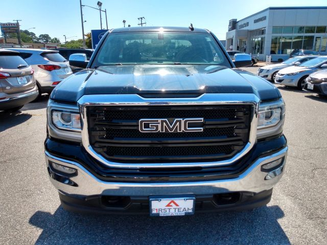 2017 GMC Sierra 1500 4WD Double Cab 143.5 SLT Extended Cab Pickup  3