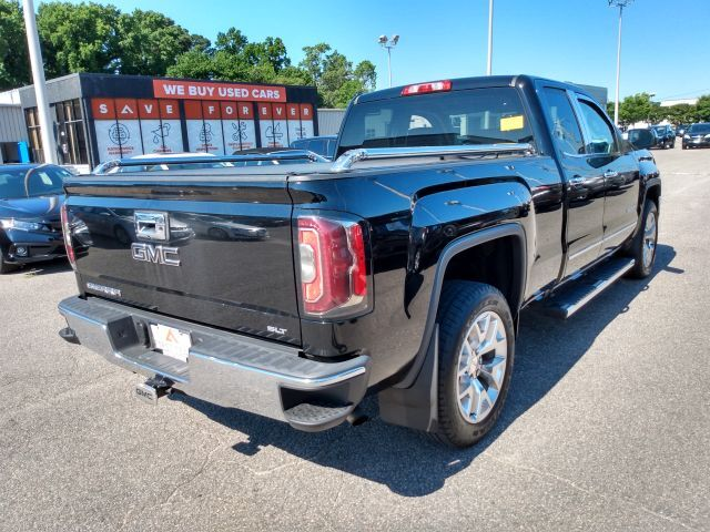 2017 GMC Sierra 1500 4WD Double Cab 143.5 SLT Extended Cab Pickup  5