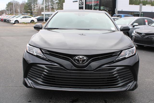 New 2020 Toyota Camry LE Auto (Natl)