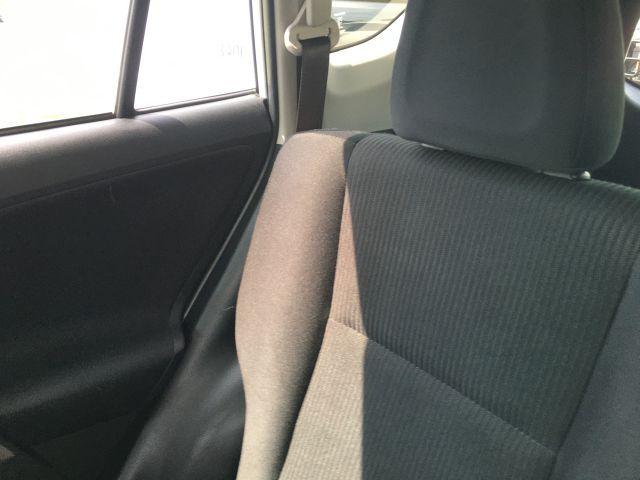 2018 Toyota RAV4 LE FWD SUV  17