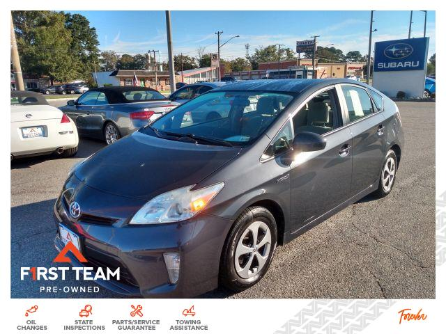 2015 Toyota Prius 5dr HB Two Hatchback 4 Dr. FWD