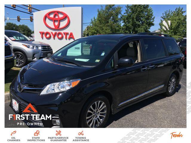 2018 Toyota Sienna XLE FWD 8-Passenger Van