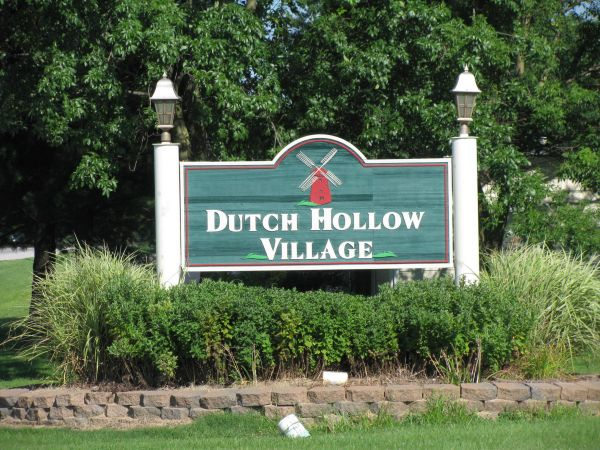 Dutch Hollow Village