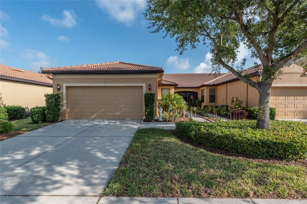 347 BLUEWATER FALLS COURT