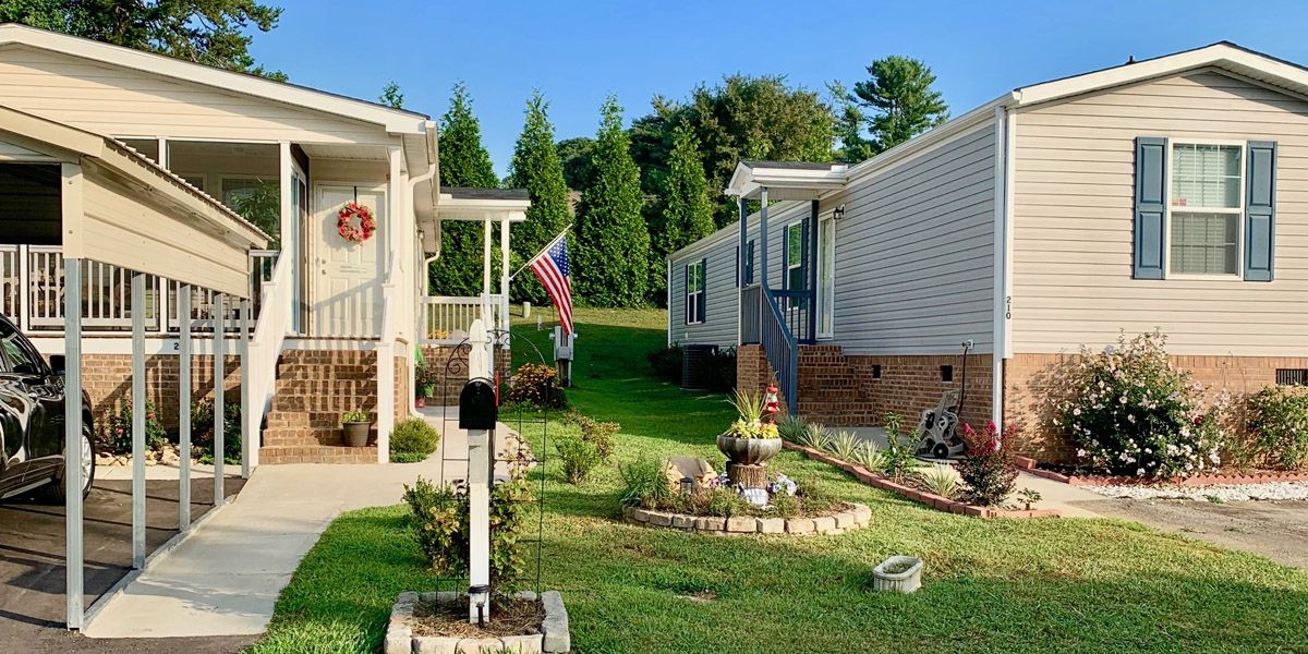 Pebble Springs Manufactured Home Community