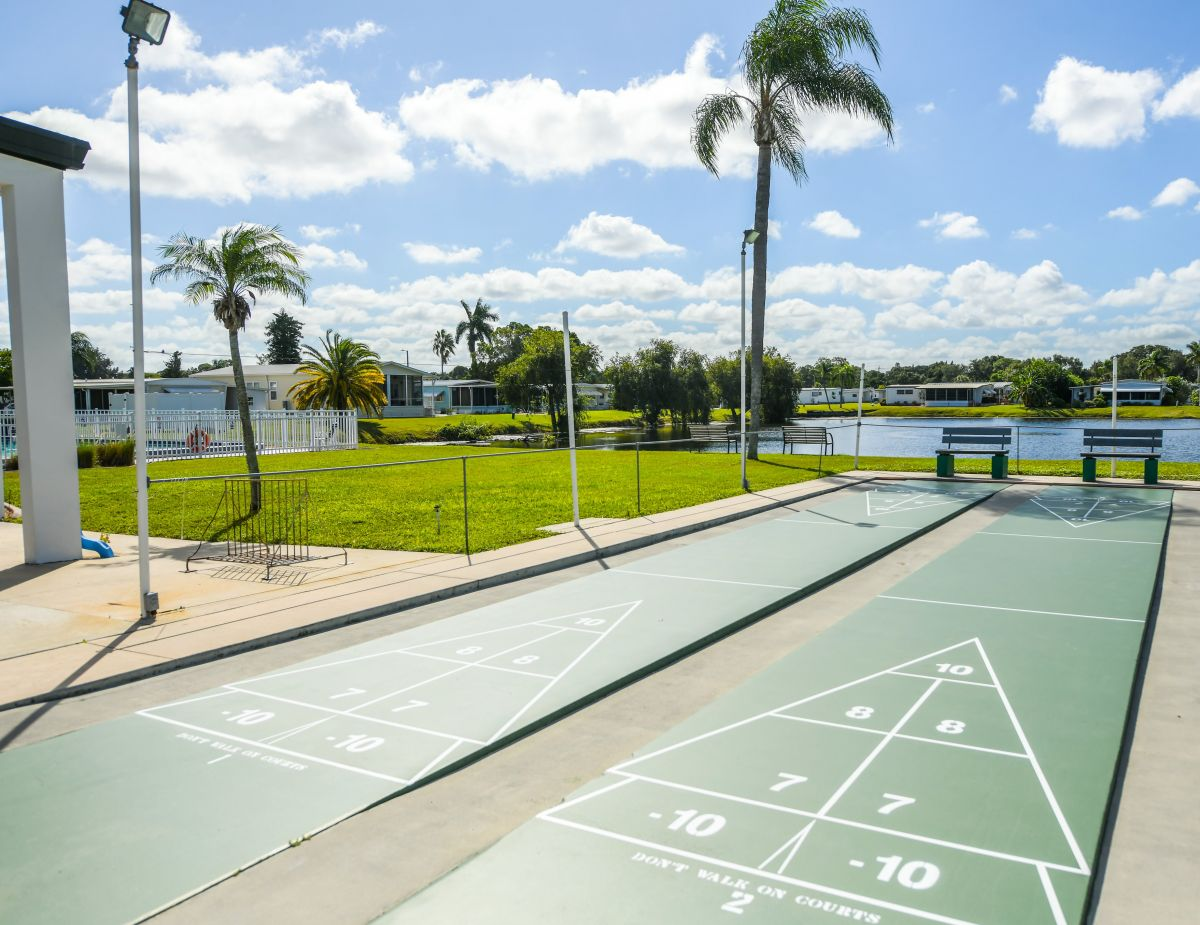 Pescara Lake - 55+ Active Adult Communities - Bradenton, FL