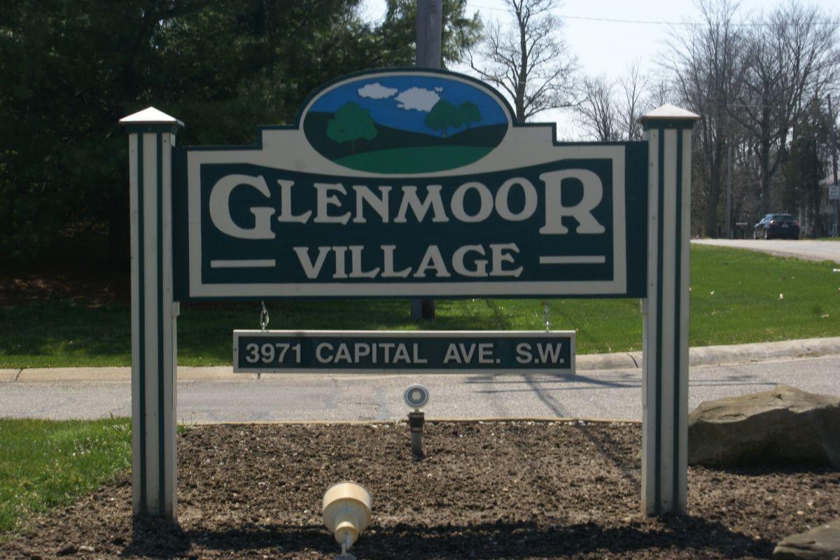Glenmoor Village