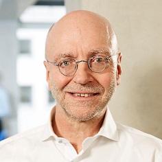 Dr. Paul-Josef Patt