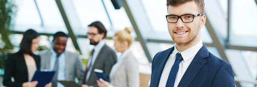 A importância da escolha da roupa de trabalho adequada