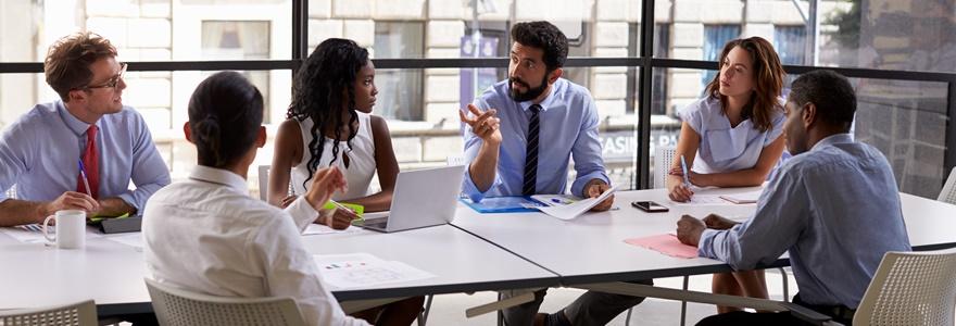 Como prender a atenção das pessoas em reuniões