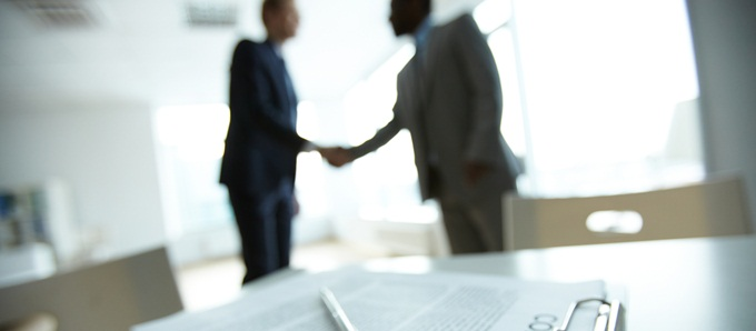 A procura do primeiro emprego? Confira dicas para aumentar suas chances de contratação