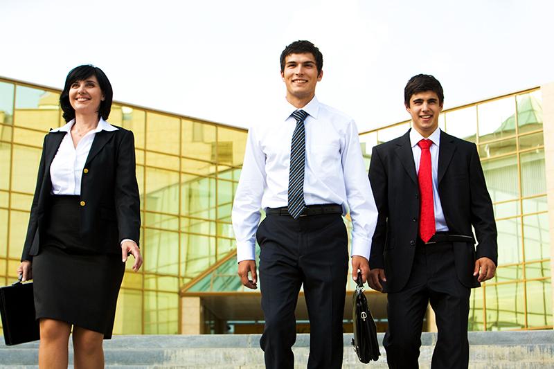 Por que faltam profissionais qualificados no mercado de trabalho?