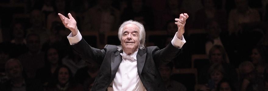 Conheça o maestro João Carlos Martins e sua história de superação