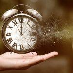 Entenda o tempo de Chronos e Kairós