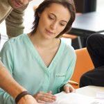 A importância de compartilhar conhecimento no trabalho