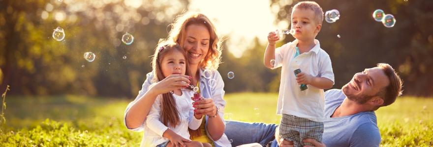 Quais são os requisitos para uma família feliz?