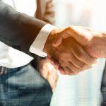 Fusão de empresas – Quais são as vantagens e desvantagens desse procedimento?