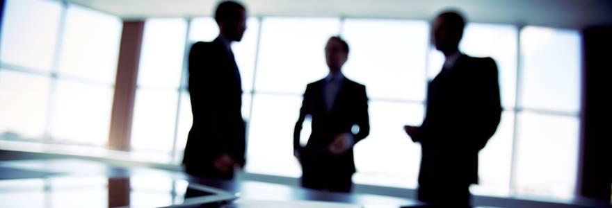 equipe de empresários reunidos