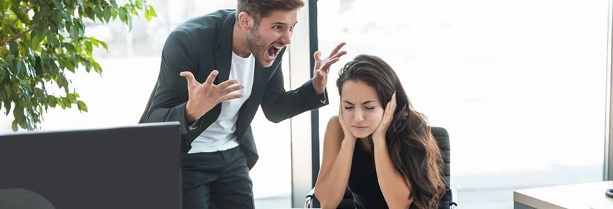 Quais os impactos negativos de um ambiente de trabalho tóxico