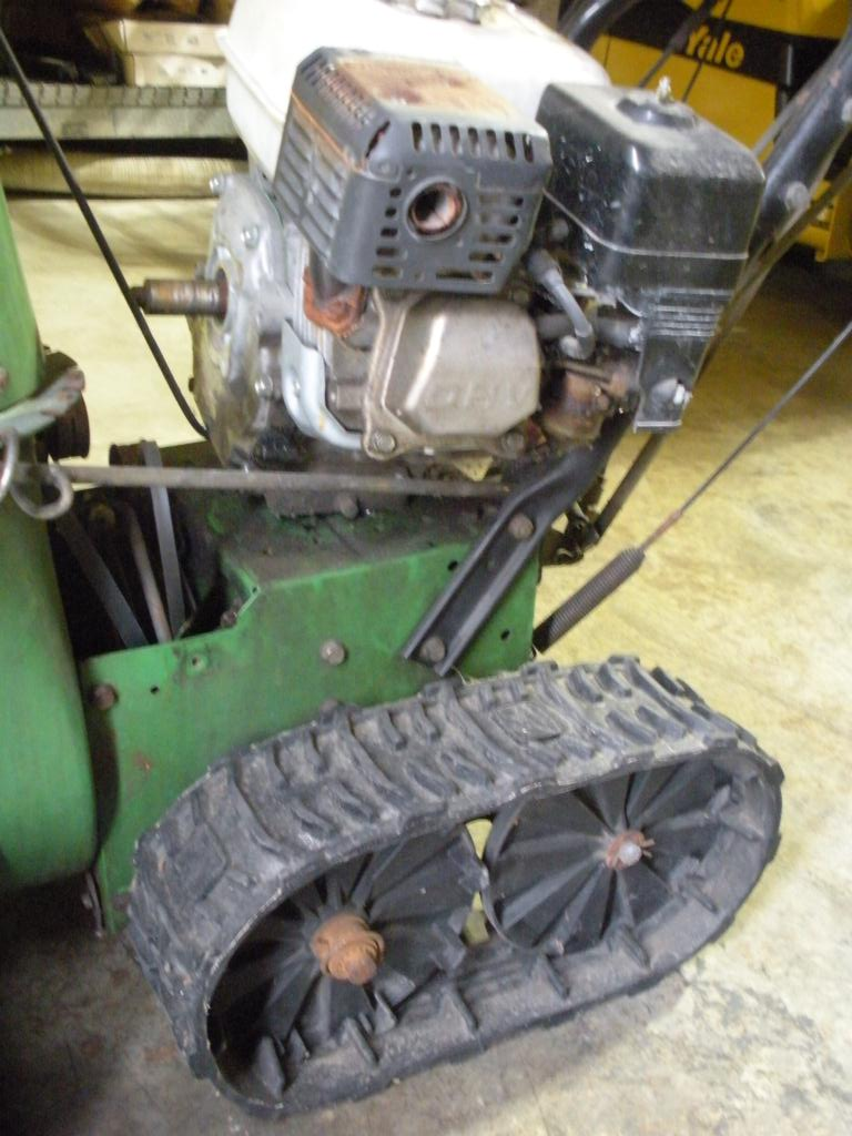 iBid John Deere Snowblower - TRX 26 - FOR PARTS -USED, NOT ...