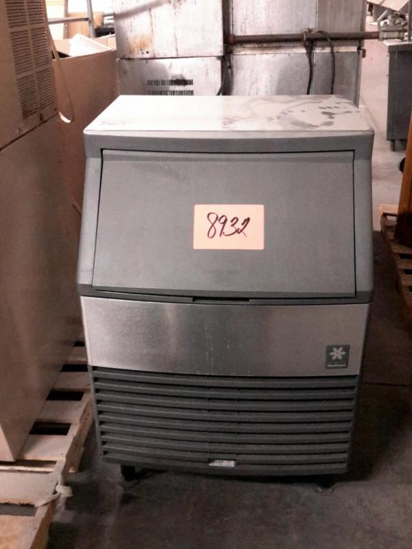 Ibid Lot 8932 Manitowoc Ice Machine Model Qy0214a