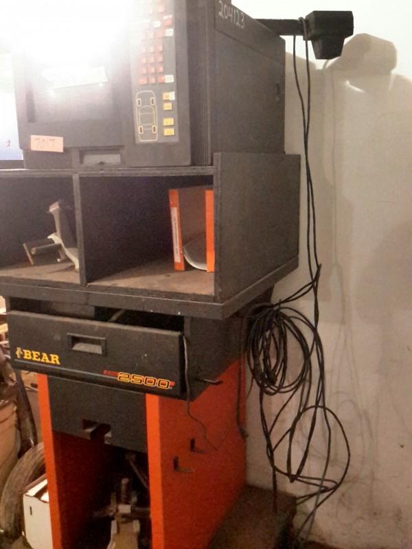 Wheel Alignment Machine >> iBid Lot # 7017 - Bear CCD 2500 Wheel Alignment Machine